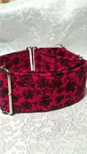 collar fucsia con rosa para perros modelo C36