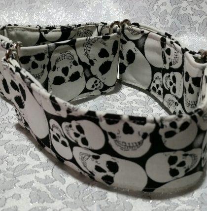 collar martingale para perros con calaveras mod c8