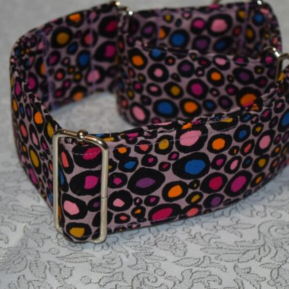 collar martingale para perros con lunares modelo C30
