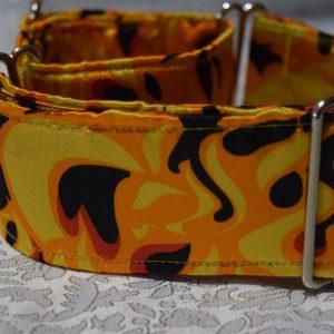 collar para perros con llamas de fuego C89