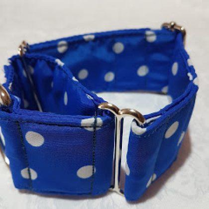 collar para perros azul con lunares blancos